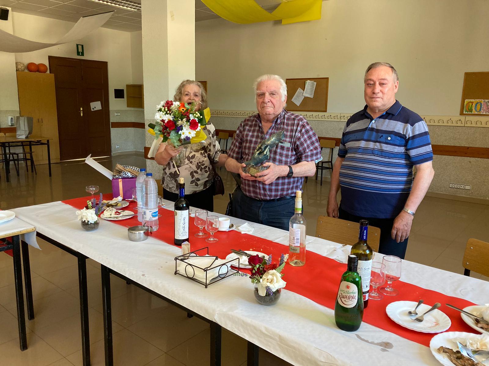 La comunidad de Agustinos de Salamanca celebra una misa de acción de gracias por los 58 años de servicio a la comunidad del doctor Gonzalo Merino.