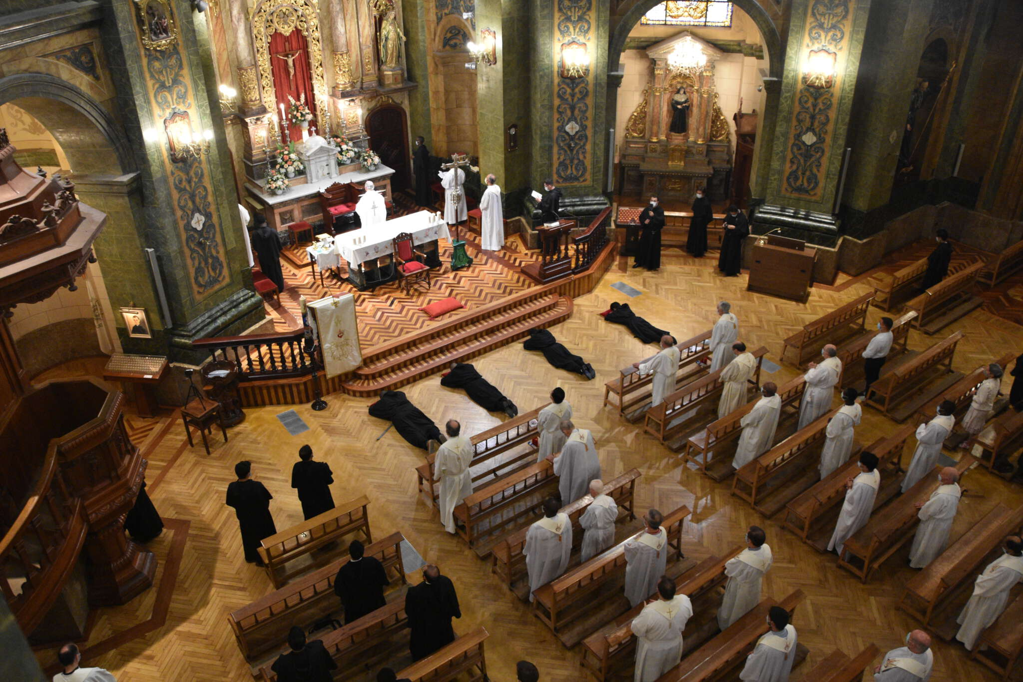 Los Agustinos Celebran Profesiones Solemnes en Valladolid y El Escorial