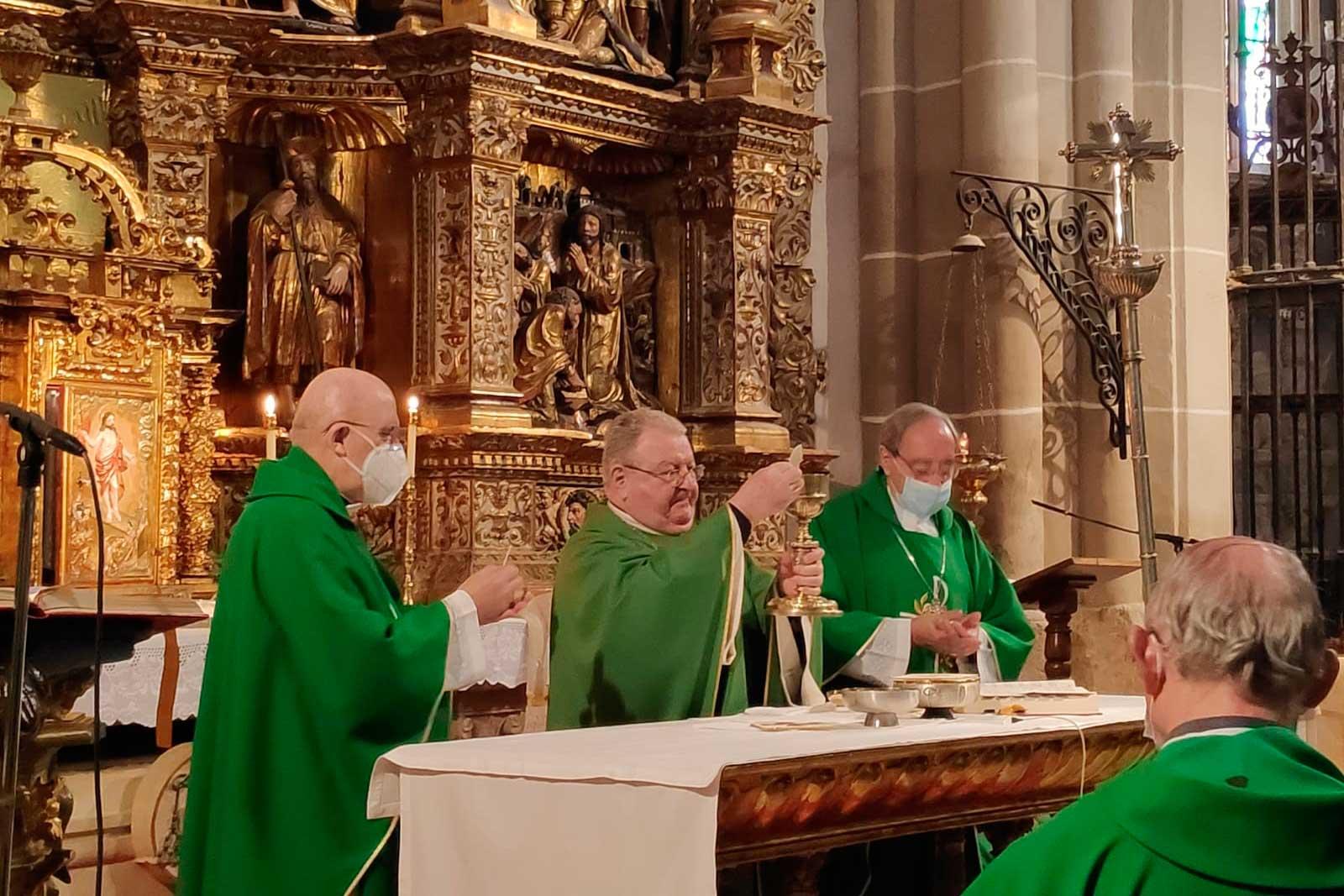 Bodas de Oro sacerdotales del Obispo de Palencia | Los Agustinos