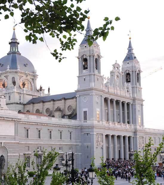 El sábado 5 de diciembre, la Catedral de La Almudena acogerá un retiro de Adviento del Cardenal con los religiosos de la diócesis.