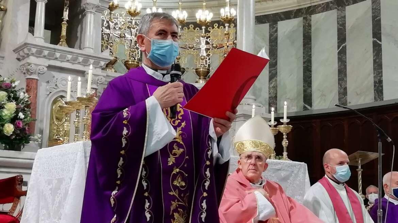 P. Modesto García, toma posesión como párroco de S. Manuel y S. Benito