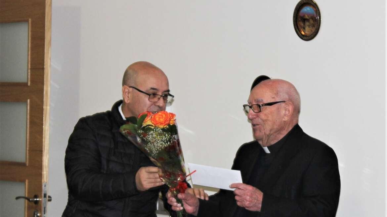 Acción de gracias por los 100 años de vida del agustino P. Eliseo Bardón