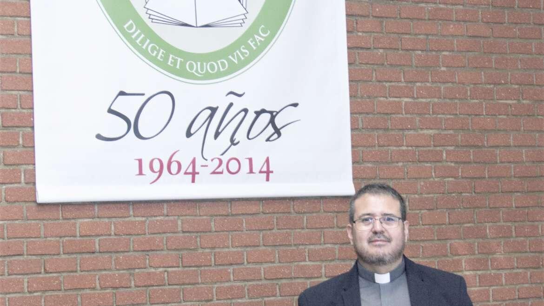 El P. Aldo Marcelo Cáceres, OSA, defiende su tesis doctoral sobre la fe bahai