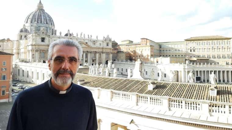 Un agustino y una religiosa javeriana subsecretarios del Sínodo de los Obispos