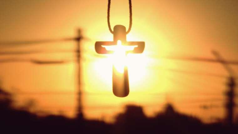 """IV Domingo de Cuaresma: """"El que obra conforme a la verdad, se acerca a la luz"""""""