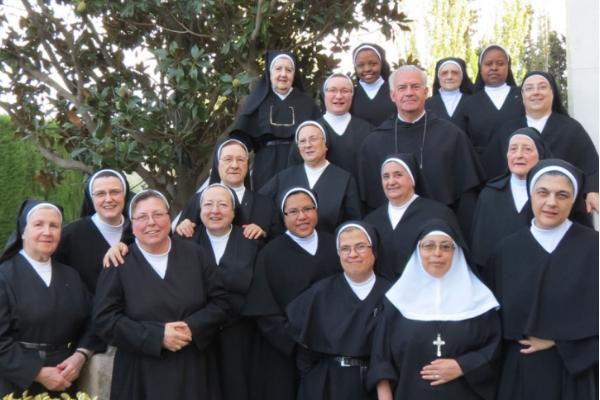 La Federación de monjas agustinas Nuestra Señora del Pilar y Santo Tomás de Villanueva estrena página web con muchos contenidos y recursos.
