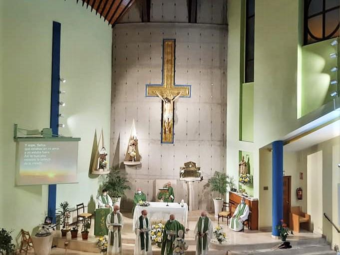 Agradecimiento a los agustinos, por el camino recorrido juntos en la Parroquia Santa Ángela de la Cruz en Madrid.