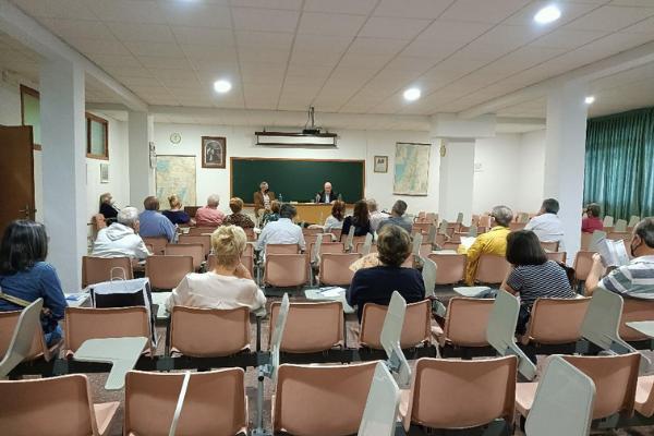 El P. Miguel G. de la Lastra, OSA, inauguró el curso en la Escuela de Biblia que los agustinos dirigen en Madrid.