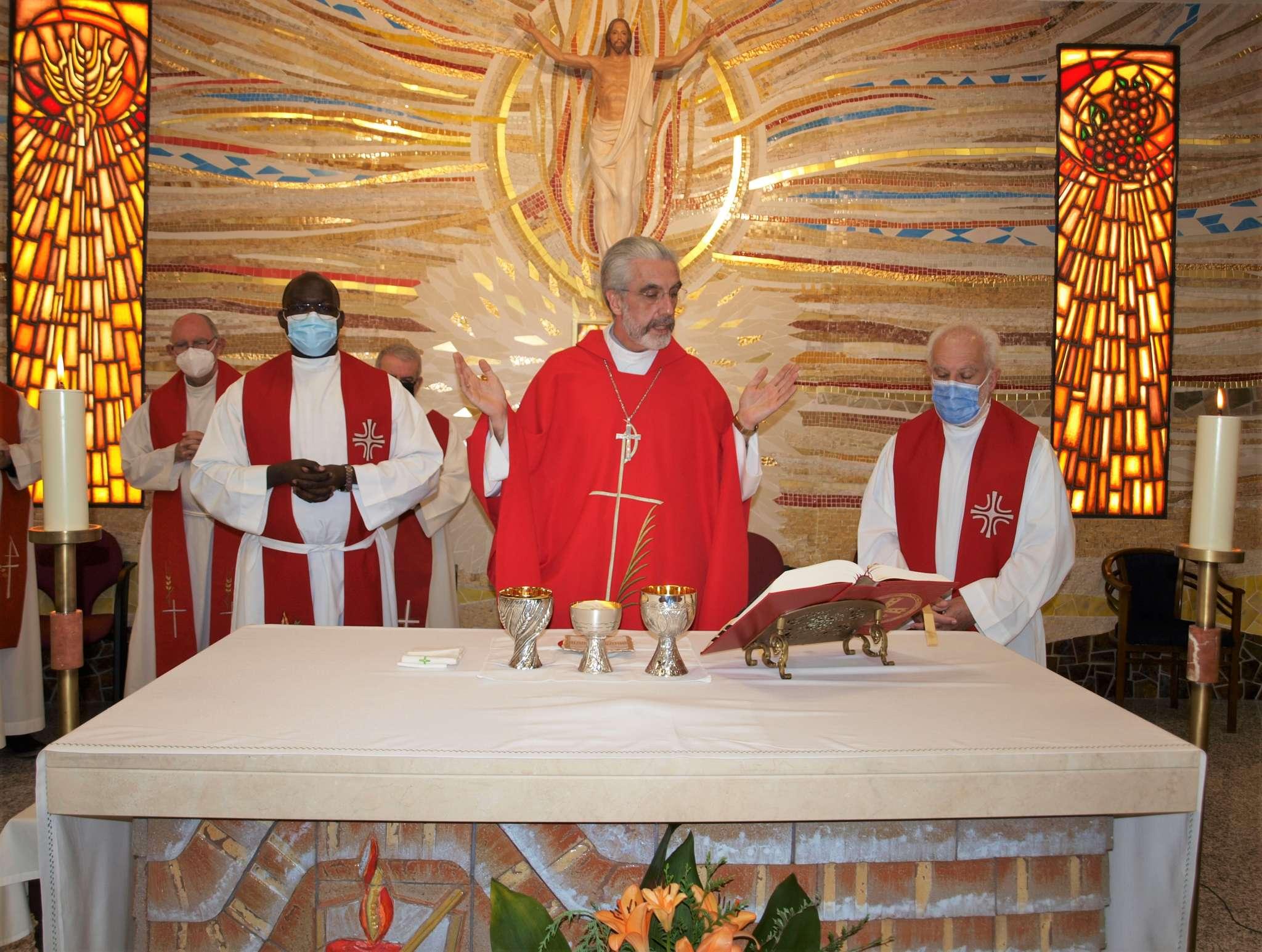 El religioso agustino, Mons. Luis Marín de San Martín, subraya -en esta entrevista- la idea de sinodalidad como proceso.